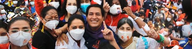 UNES LGBTI en cierre de campaña enQuito