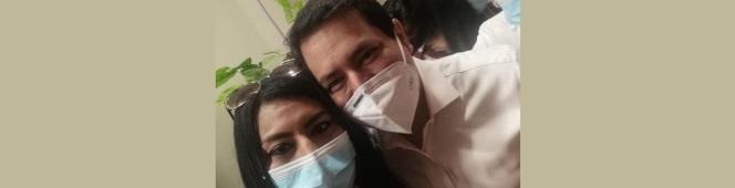 Andrea Naima en evento con AndrésArauz