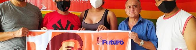 Entrega de kits de campaña enGuayaquil