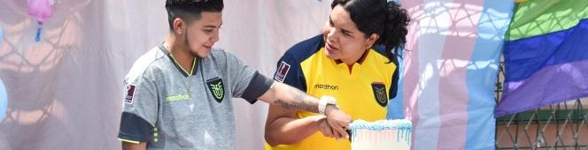 Diane Rodríguez junto a su esposo embarazado revelan en sexo de su hija – Diane Rodríguez and her pregnant husband reveal their daughter's sex